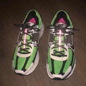 Nike Vomero 5 Electric Green Size 9.5 No Box